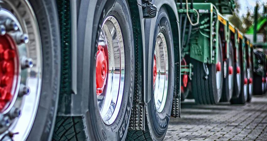 trasporto italia mezzi agricoli
